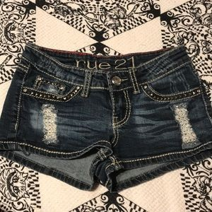 Jean shorts with rhinestone detailing